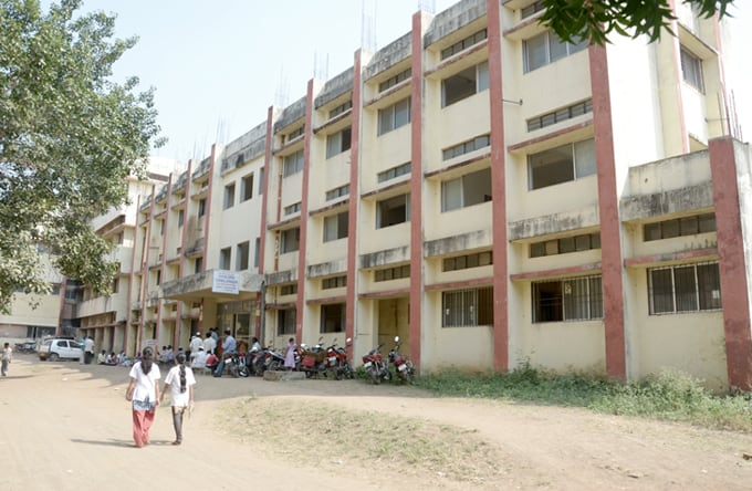 ANNASAHEB CHUDAMAN PATIL MEMORIAL DENTAL COLLEGE, DHULE