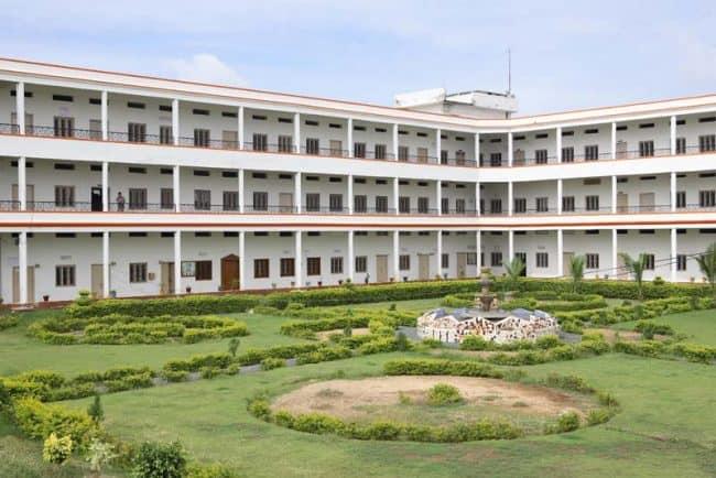 BRINDAVAN INSTITUTE OF TECHNOLOGY AND SCIENCE KURNOOL